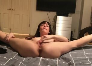 Teen begging for creampie