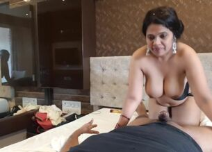 Indian wife nude pics